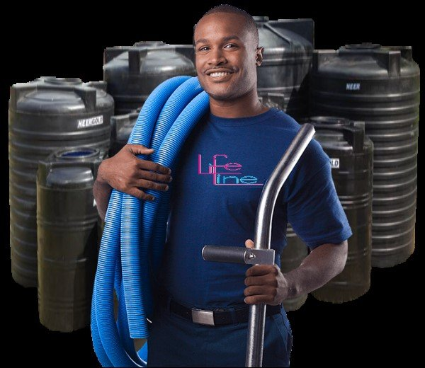 FF Polytank Cleaning man with blue hose