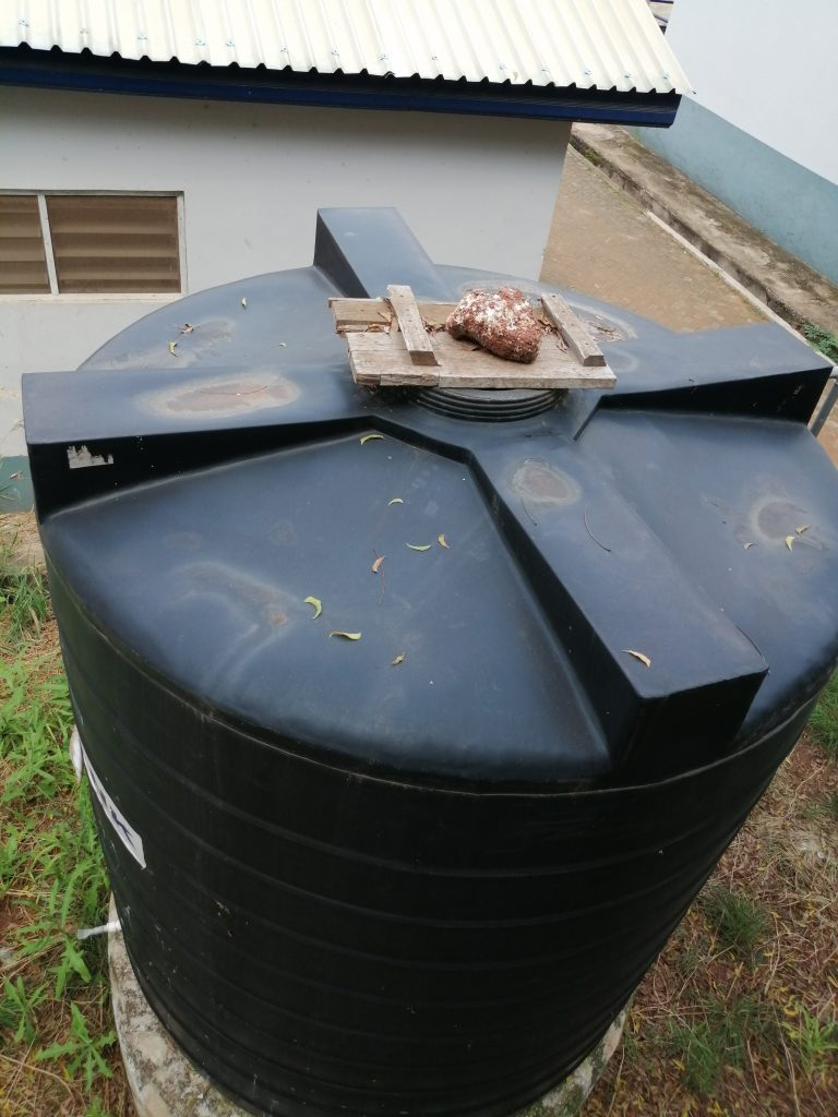 Polytank with stone cover